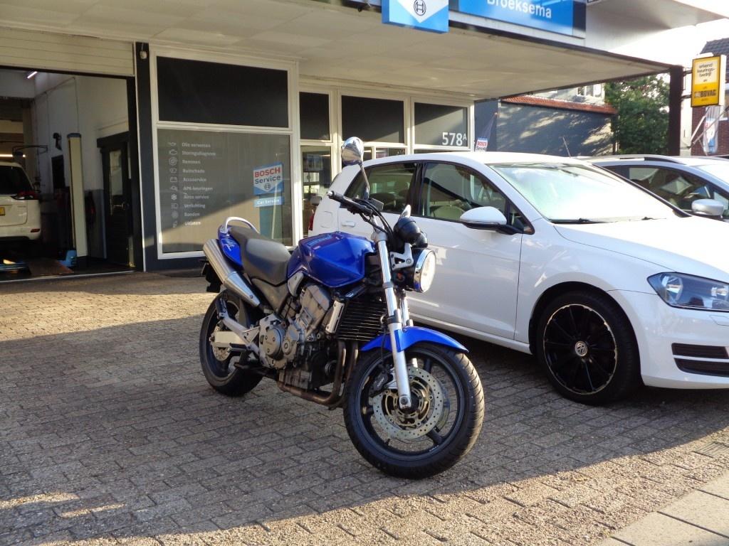Honda-Cb900f Hornet